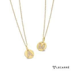 Cadenita de Oro de 18K con Chapita Inicial Diamantes