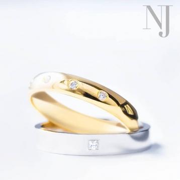Tu amor. Tu historia. Tu estilo. Con #nuevajoyeriacaravaca podéis configurar vuestros anillos de boda con los colores, diamantes y acabados que más os gusten. . . #bodas2020 #wedding #alianzas #configuratualianza #caravaca #cehegin #bullas #moratalla #comerciolocal